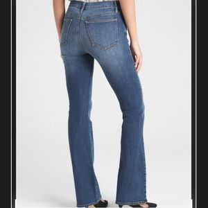 Gap Mid Rise Perfect Boot Cut Jeans Size 28 Long